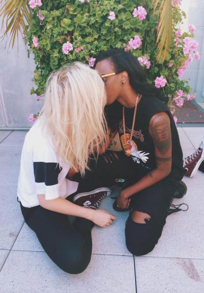 Angel Haze and Ireland Baldwin: Kissing!