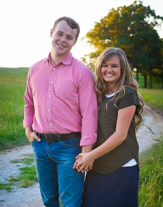 Joseph duggar and kendra caldwell engagement photo