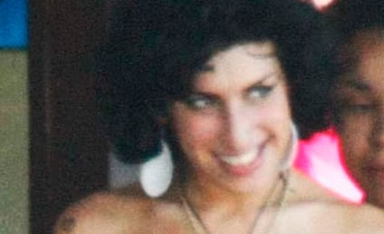 Breaking News: Amy Winehouse Still in St. Lucia