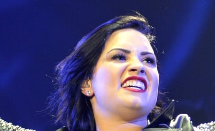 Demi Lovato: I Wish I Could Drink and Smoke Weed Like Miley Cyrus!