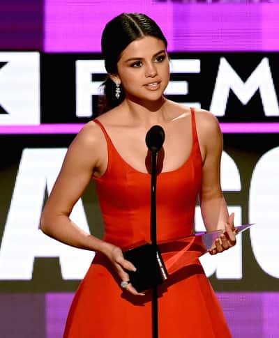 Selena Gomez at the 2016 AMAs