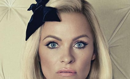Pamela Anderson Covers No Tofu: Yes, This is Really Her!