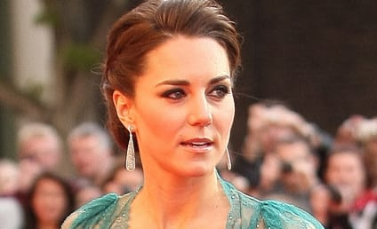 Kate Middleton Art Portrait Sells ... to Brad Pitt!