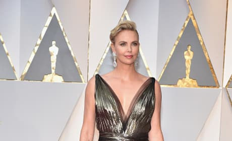Charlize Theron at 2017 Oscars