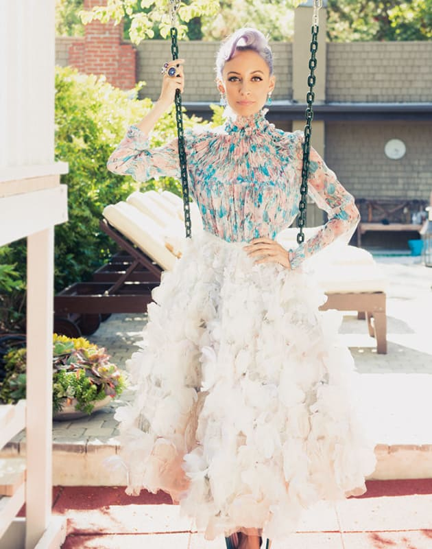 Nicole Richie Swing Photo - The Hollywood Gossip