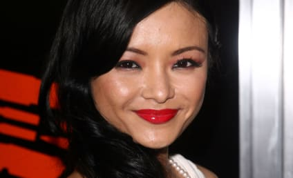 Tila Tequila Wins Best Celebrity Sex Tape Award, Offers it to Farrah Abraham Instead