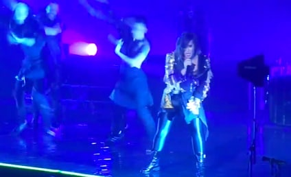 """Demi Lovato Honors Michael Jackson, Performs """"Thriller"""" in Concert"""