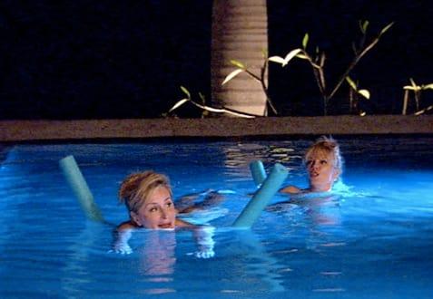 Sonja & Ramona Skinny Dip
