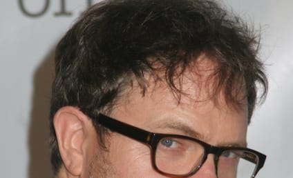 Rainn Wilson Misses Flight, EVISCERATES U.S. Airways on Twitter