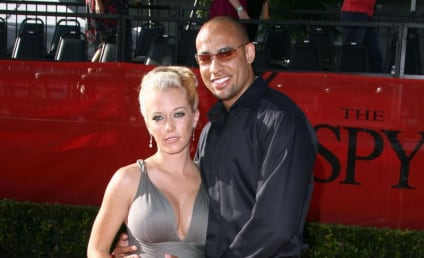 Kendra Wilkinson: Jon and Kate are Sellouts
