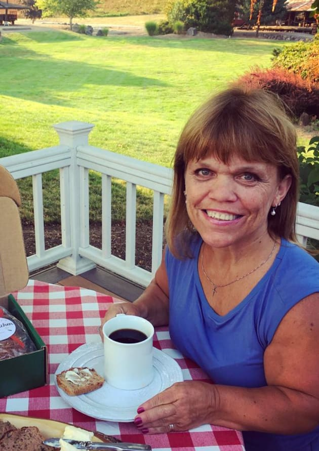 amy roloff outside the hollywood gossip