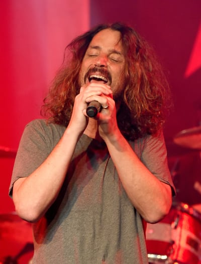 Chris Cornell Singing