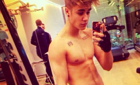 Justin Bieber Shirtless Instagram Photo