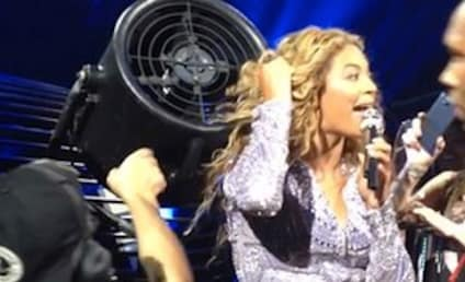 Beyonce Gets Hair Stuck in Concert Fan, Keeps Right on Singing