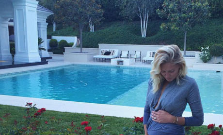 Paulina Gretzky Pregnant Photo