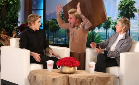 Justin Bieber: Pranked on Ellen!
