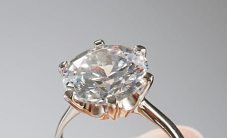 """Guy Sells Engagement Ring """"Once Worn By Satan"""""""