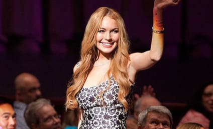 Lindsay Lohan on Glee: First-Look Photos!