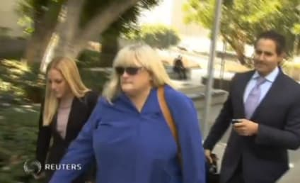 Debbie Rowe Breaks Down on Stand During Michael Jackson Wrongful Death Trial