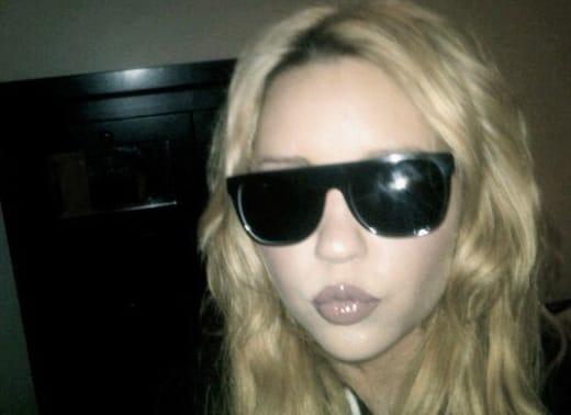 Amanda Bynes Twitter Pic