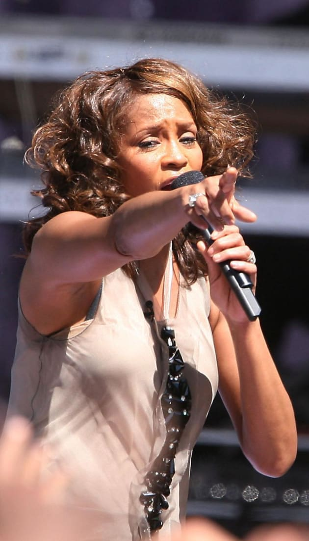 Good Morning America Gossip : Whitney houston on gma a disaster in pictures the
