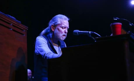 Gregg Allman: Mourned, Remembered by Stars Everywhere