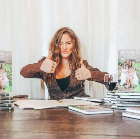 Leah Messer Drinks Wine