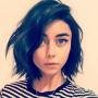 Sarah Hyland dark hair