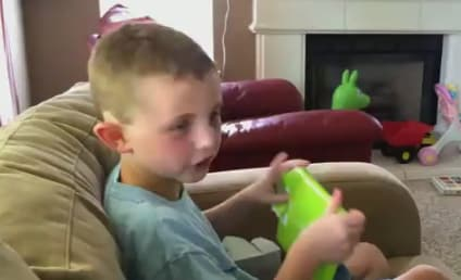 Kid Receives Minecraft for Birthday, Breaks Into Absolute Hysteria