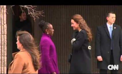 Kate Middleton Visits Harlem Children's Center, Helps Wrap Christmas Presents