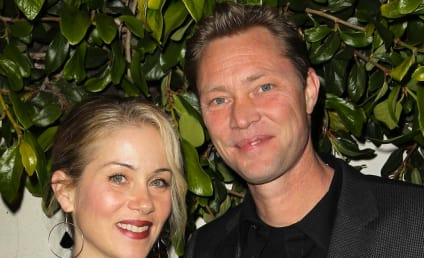 Christina Applegate Marries Martyn LeNoble!
