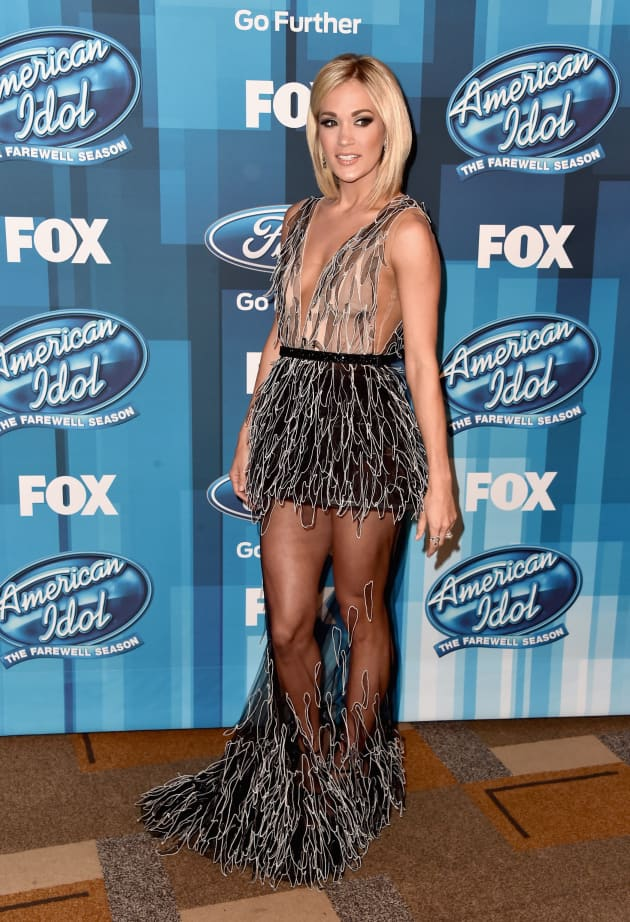 Carrie Underwood Pissed At Kelly Clarkson Over American Idol Finale The Hollywood Gossip
