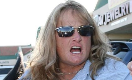 Debbie Rowe Plans to Skip Michael Jackson's Funeral; Flips the F*%k Out at Celebrity Gossip Photographers