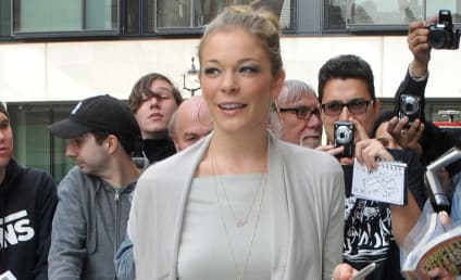 LeAnn Rimes Likens Weight Loss Criticism to Bullying