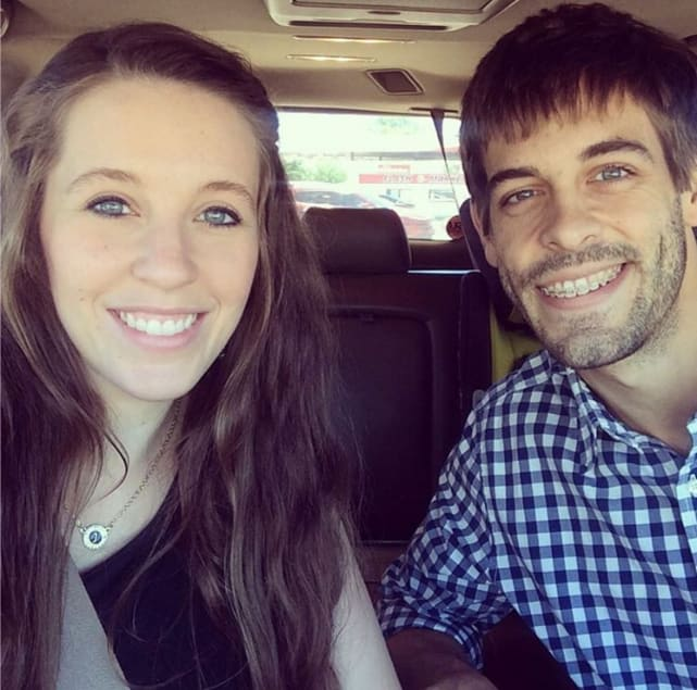 Jill duggar and derick dillard back in arkansas