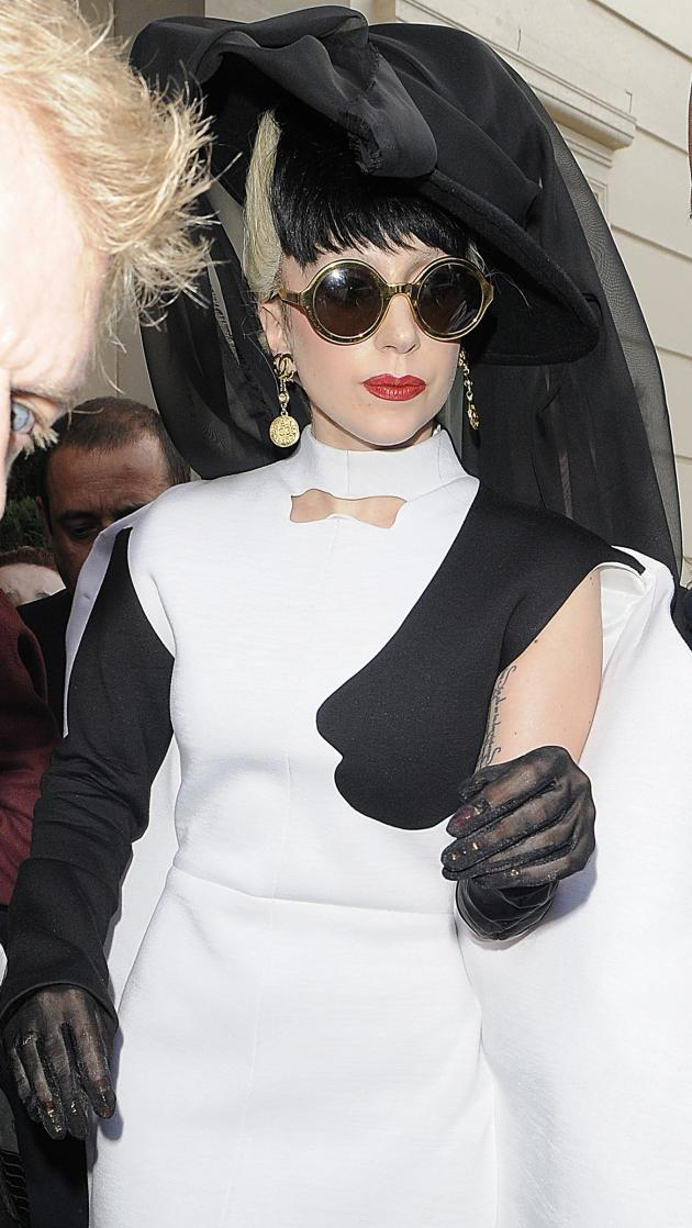 Lady Gaga: Nun
