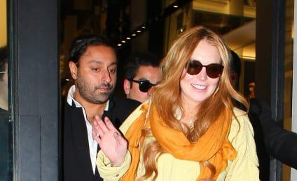 "Fashion Designer Bashes Lindsay Lohan ""Disaster"""