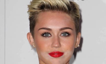 Miley Cyrus Makeup Mishap: Oops!