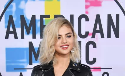 American Music Awards: Red Carpet Hits... and Major Misses!