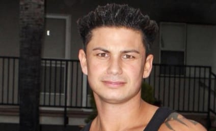 DJ Pauly D Ponders, Discusses the Ideal Woman