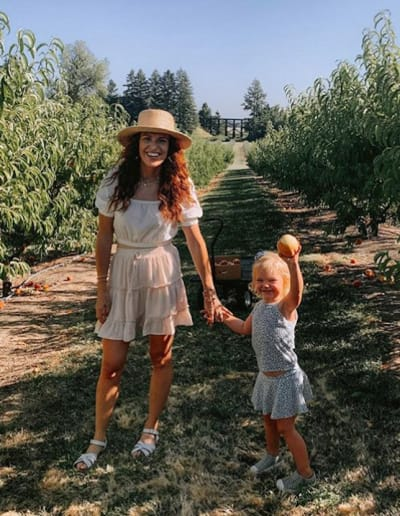Audrey Rolloff and her cute daughter