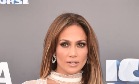 Jennifer Lopez at Ice Age: Collision Course Premiere