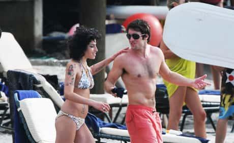 Josh Bowman and Amy Winehouse