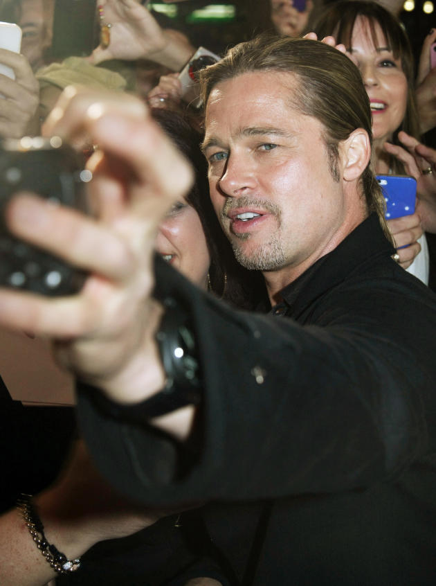 Brad Pitt Selfie