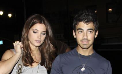 Joe Jonas and Ashley Greene at Katsuya: Cocktails & Kisses!