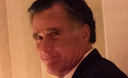 Mitt Romney Dines with Donald Trump, Twitter Rejoices
