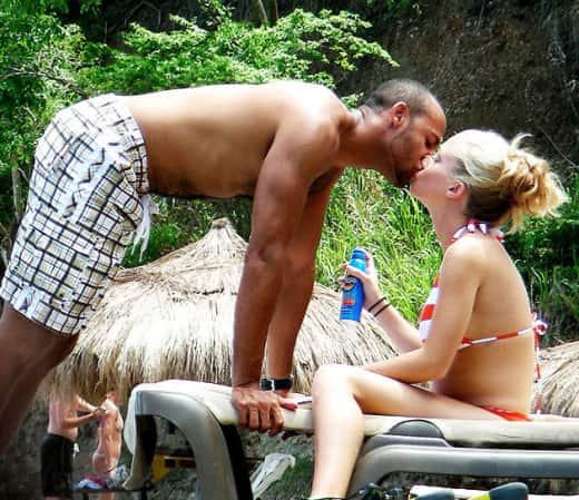Kendra Wilkinson's Honeymoon