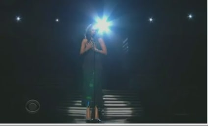 Jennifer Hudson Pays Tribute to Whitney Houston at Grammy Awards