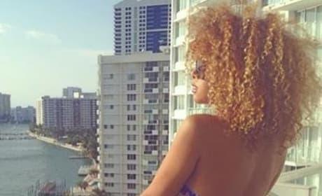 Aisha Thalia: Booty on the Balcony