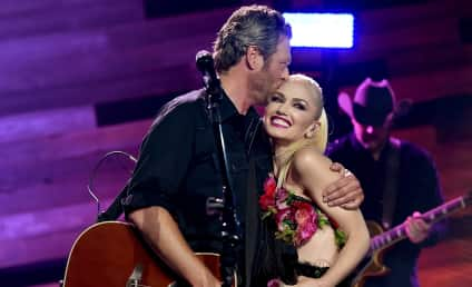 Blake Shelton and Gwen Stefani: Announcing Engagement on The Voice!